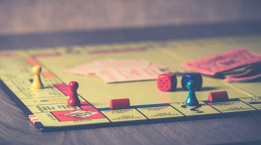 ボードゲーム 競争 ゲーム 相互作用 室内ゲーム